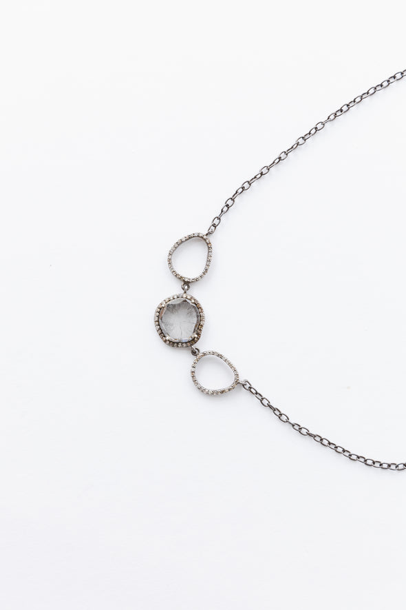 THREE CIRCLE CHOKER
