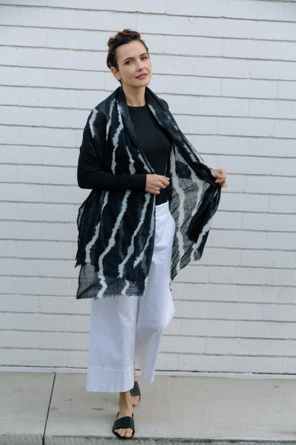 SILI SCARF IN HAND-DYED CASHMERE