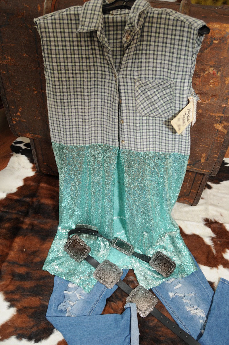 TEXAS TRASH BLUE AND GREEN BLEACHED FLANNEL SLEEVELESS TURQUOISE SEQUIN DUSTER