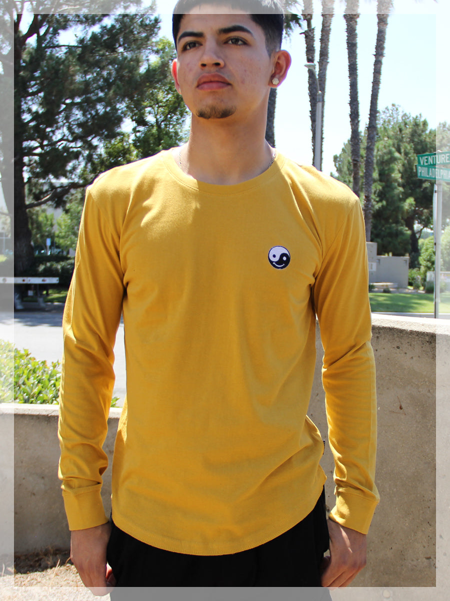 YING YANG EMOJI LONG SLEEVE CREW NECK TEE