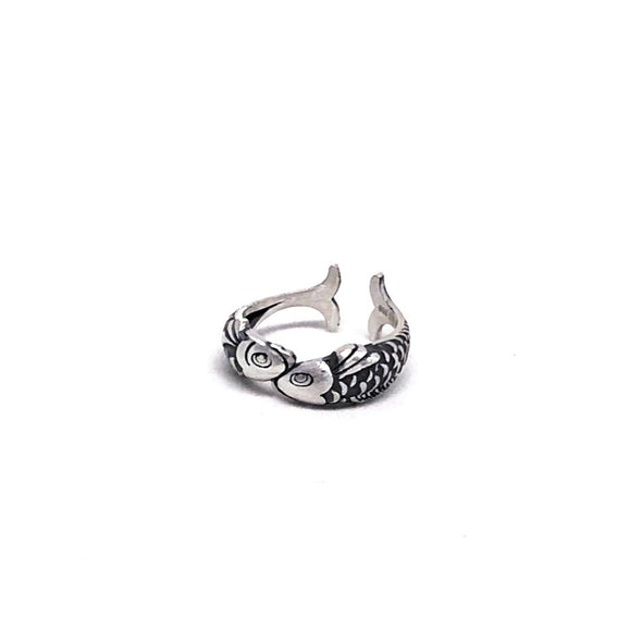 Friendly Fishes Ring in Sterling Silver