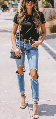 ec1e1c3e3 One of the most popular ways to wear a Gucci belt is in the summer with  denim cutoffs.
