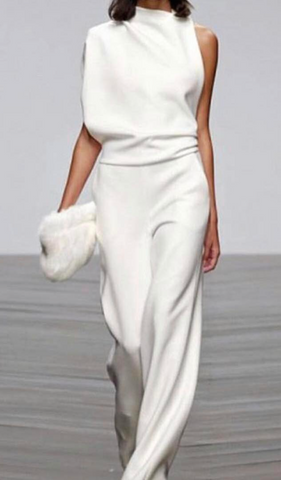 cccd56890be8 White jumpsuits have often been a celebrity favorite on the red carpet
