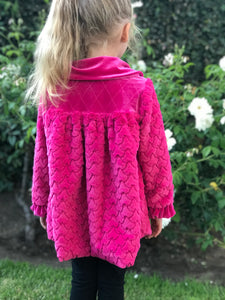 Isobella & Chloe Bright Pink Fuchsia Faux Fur Long Sleeves Coat