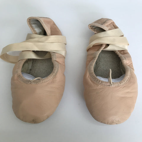 Bloch Ballet Shoes (Ladies' size 3A) - Second Hand