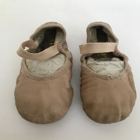 Bloch Ballet Shoes (Girl's size 12.5C) - Second Hand