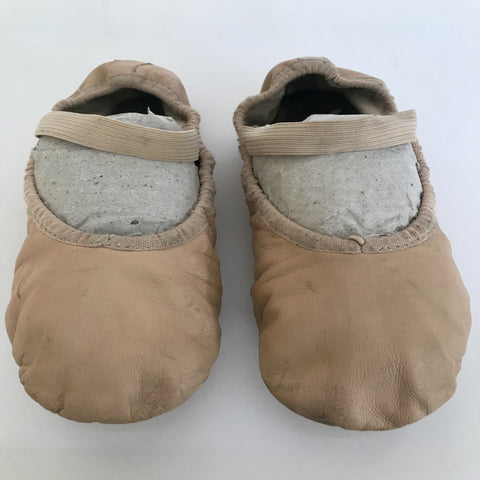 Bloch Ballet Shoes (Girl's size 1D) - Second Hand
