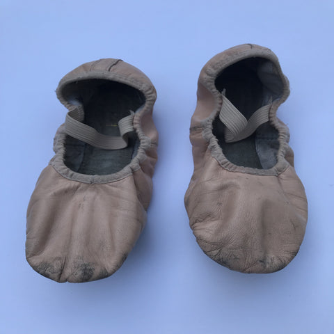 Bloch Ballet Shoes (4.5B) - Second Hand