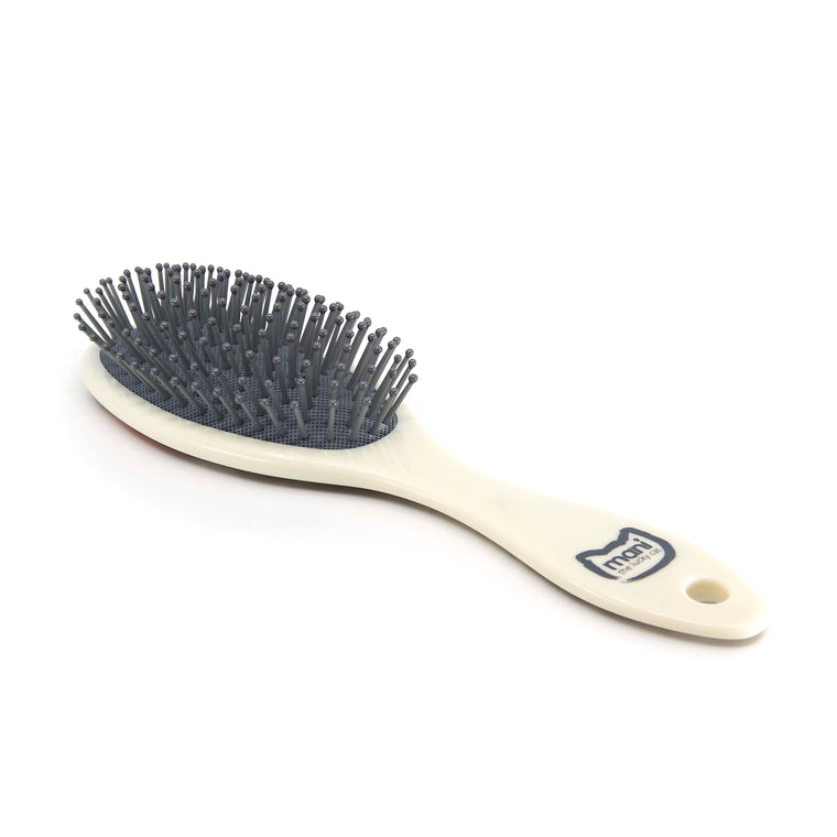 Cat 26 - Hair Brush