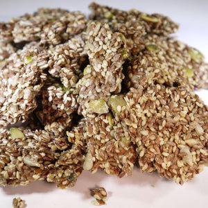 Raw Sprouted seeds crackers to manage hunger and boosts nutrition