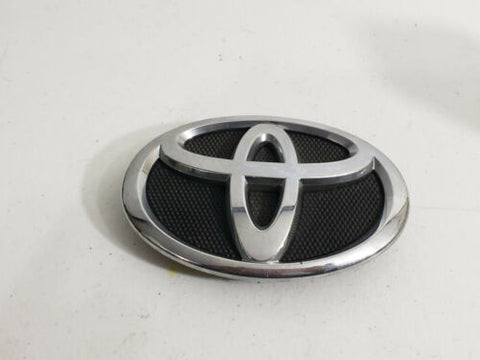 07-09 Toyota Camry Front Grille Emblem 75311 0606 0