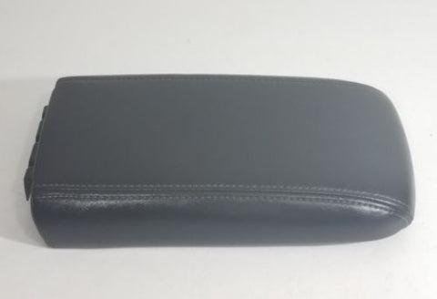 05 -09 SAAB 9-7x TRAILBLAZER CENTER CONSOLE LID ARMREST COVER