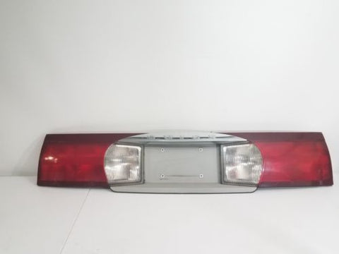 02-07 BUICK RENDEZVOUS TRUNK CENTER TAIL LIGHT LAMP FINISH PANEL 10339960 OEM