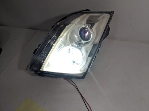 08-11 CADILLAC CTS LH DRIVER HALOGEN HEADLIGHT LAMP W/ LED BULB