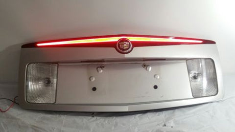 03-07 CADILLAC CTS TRUNK LID FINISH PANEL THIRD BRAKE REVERSE LIGHTS SILVER OEM