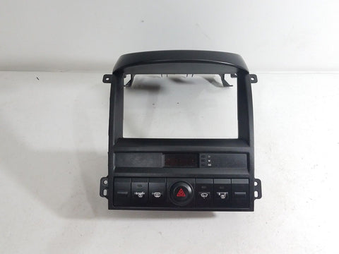 03 04 05 06 KIA SORENTO DASH RADIO BEZEL W/ HAZARD & DEFROST SWITCHES SEATS