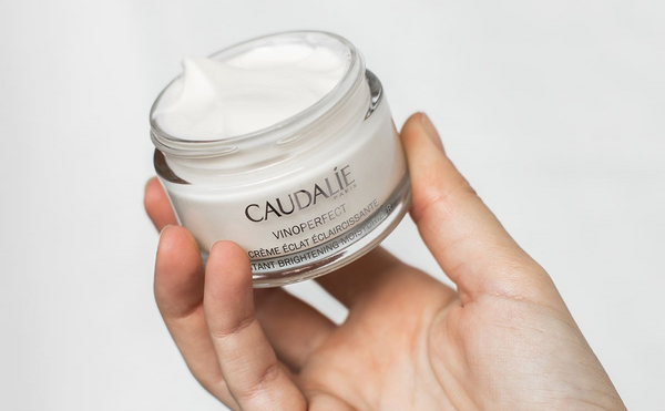 CAUDALIE Vinoperfect Brightening Moisturizer 15 ml - travel size