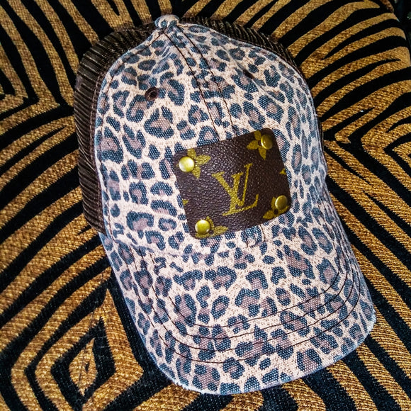 LV Leopard Distressed Hat (32142)