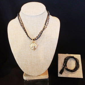 Black Necklace & Bracelet Set (5000bn)
