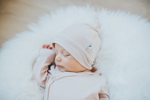 Newborn Knot Hat