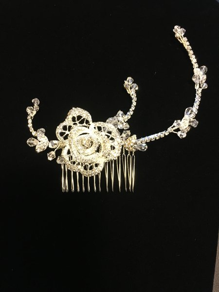 Bridal Comb with Rose Motif and Adjustable Crystal Bands