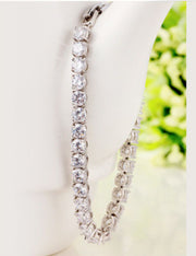 Pretty, Sparkling AAA CZ Bracelet for Brides and Special Occasions