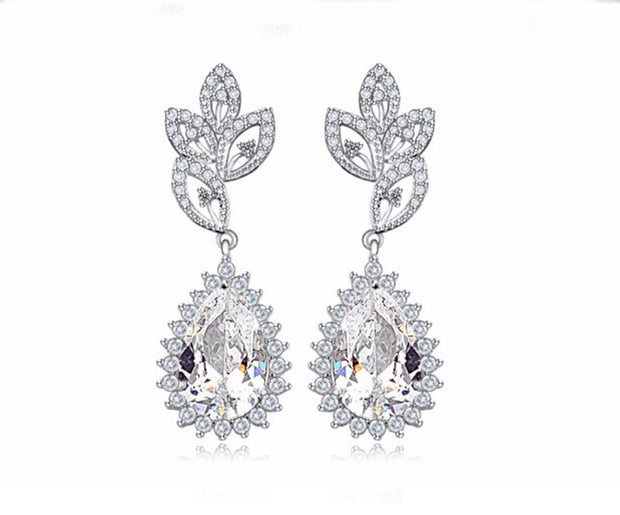 Elegant AAA CZ Pear-Shaped Earring for Brides, Weddings and Special Occasions
