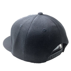 TRASH HAT IN BLACK