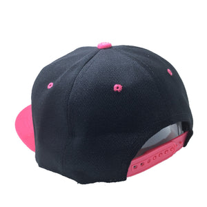 LOLI HAT IN BLACK WITH PINK BRIM