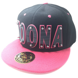 NOONA HAT IN BLACK WITH PINK BRIM