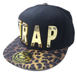 TRAP HAT IN BLACK WITH LEAPORD BRIM