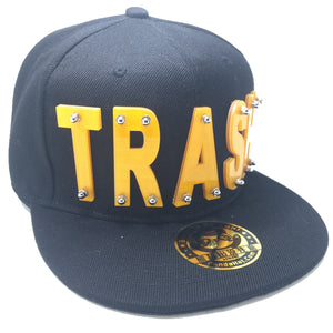 TRASH HAT BLACK YELLOW LEFT