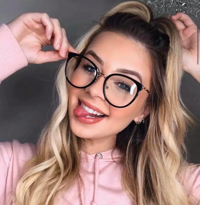Nélida Glasses