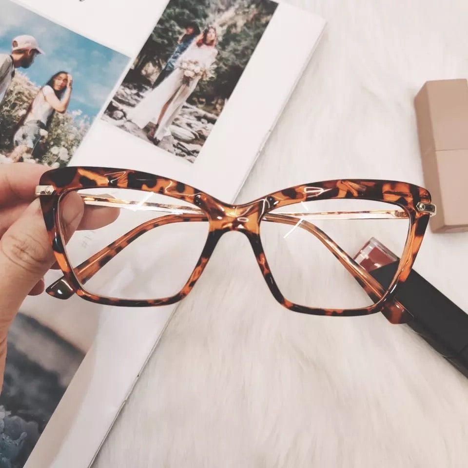 Clear Classy Frame