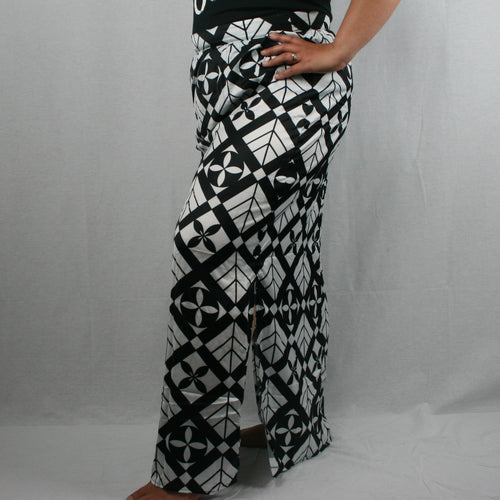 Sialei Taimane Skirt- LS474-TS/ White/ Black