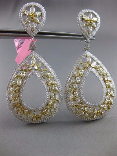 MASSIVE 16.43CT WHITE & FANCY YELLOW DIAMOND 18KT TWO TONE GOLD HANGING EARRINGS
