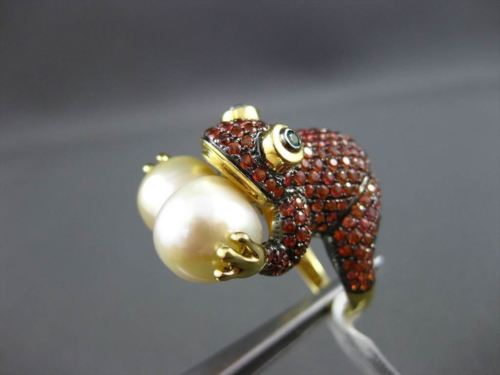 ANTIQUE LARGE 3.79CT AAA GEMSTONE & SOUTH SEA PEARL 18KT YELLOW GOLD FROG RING
