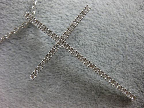 ESTATE LARGE .80CT DIAMOND 18KT WHITE GOLD 3D CLASSIC CROSS FLOATING PENDANT