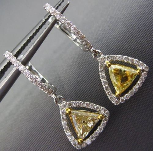 1.43CT WHITE & FANCY YELLOW DIAMOND 18KT GOLD TRILLION HALO HANGING EARRINGS