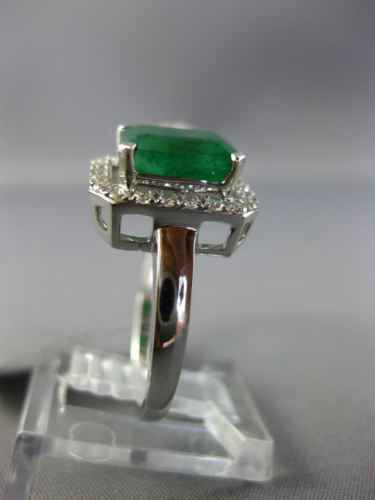 LARGE 2.90CT DIAMOND & AAA EMERALD 14KT WHITE GOLD 3D CLUSTER DOUBLE FINGER RING