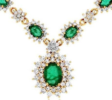 ESTATE LARGE 5.0CT DIAMOND & EMERALD 14K YELLOW GOLD DOUBLE HALO FLOWER NECKLACE