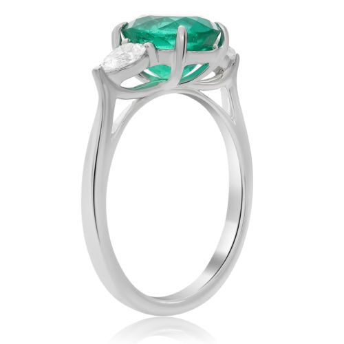 ESTATE 2.40CT DIAMOND & AAA OVAL EMERALD PLATINUM 3D THREE STONE ENGAGEMENT RING