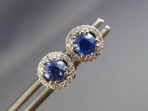 ESTATE 1.18CT DIAMOND & AAA SAPPHIRE 18KT WHITE GOLD 3D ROUND HALO STUD EARRINGS