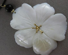 ESTATE EXTRA LARGE AAA MOTHER OF PEARL & ONYX 14KT YELLOW GOLD 3D FLOWER PENDANT
