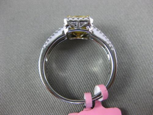 ESTATE 1.34CT WHITE & FANCY YELLOW DIAMOND 18KT 2 TONE GOLD HALO ENGAGEMENT RING