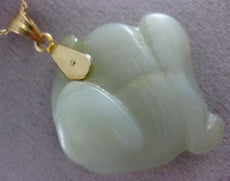 ESTATE JADE 14KT YELLOW GOLD 3D HANDCRAFTED CLASSIC LUCKY FISH PENDANT #25825