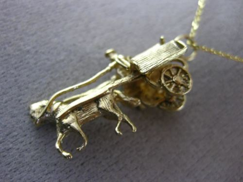 ANTIQUE 14KT YELLOW GOLD 3D HANDCRAFTED CHARIOT CHARM FLOATING FUN PENDANT