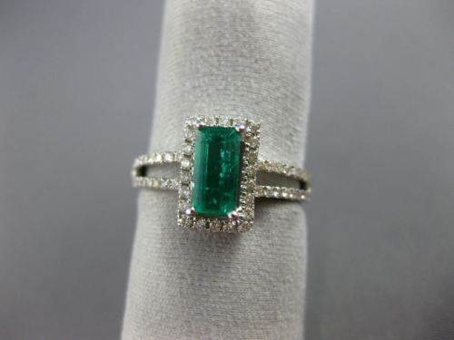 ESTATE 1.15CT DIAMOND & AAA EMERALD 14KT WHITE GOLD HALO CLASSIC ENGAGEMENT RING