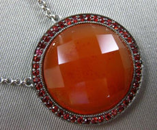 ESTATE LARGE 15.60CT ORANGE SAPPHIRE & AGATE 14KT WHITE GOLD CIRCULAR NECKLACE