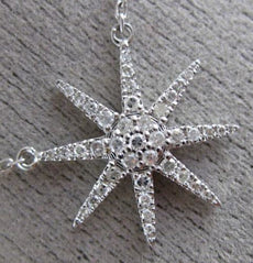 ESTATE .17CT DIAMOND 18KT WHITE GOLD 3D SNOWFLAKE FLOWER SUNBURST STAR NECKLACE